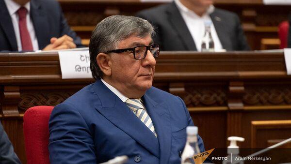 Хачатур Сукиасян во время первого заседания парламента Армении 8-го созыва (2 августа 2021). Еревaн - Sputnik Армения