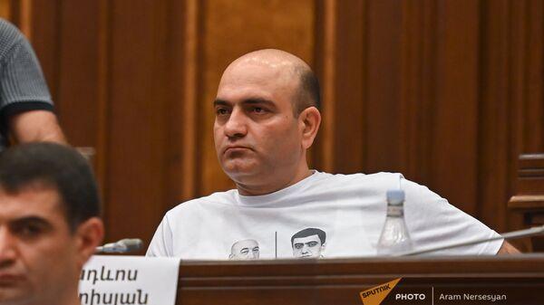 Тадевос Аветисян во время первого заседания парламента Армении 8-го созыва (2 августа 2021). Еревaн - Sputnik Армения