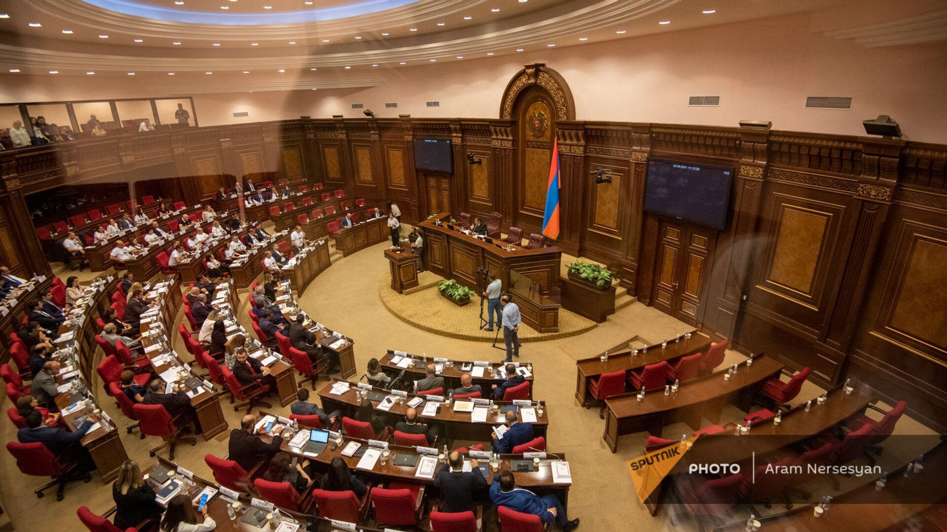 Первое заседание парламента Армении 8-го созыва (2 августа 2021). Еревaн - Sputnik Արմենիա, 1920, 10.08.2021