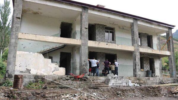 Ремонтные работы жилых домов в общинах Шурнух и Воротан - Sputnik Արմենիա