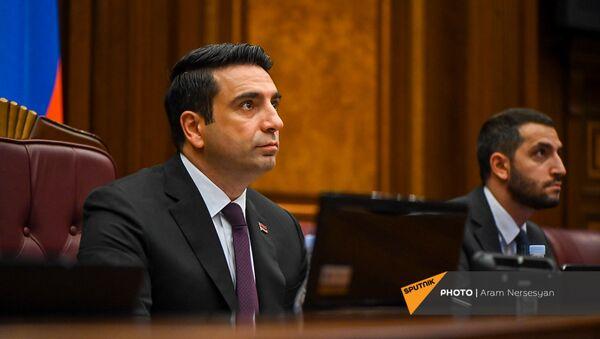 Спикер НС Ален Симонян на заседании Парламента (4 августа 2021). Еревaн - Sputnik Армения