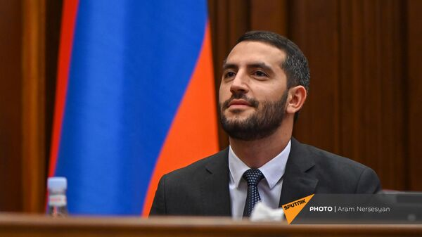 Вице-спикер НС Рубен Рубинян на заседании Парламента (4 августа 2021). Еревaн - Sputnik Армения