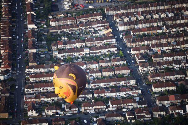 Բրիստոլում անցկացված Bristol International Balloon Fiesta–ին մասնակցած օդապարիկներից մեկը - Sputnik Արմենիա