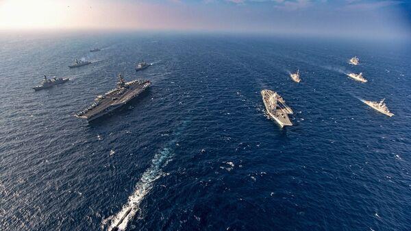 Корабли во время военно-морских учений - Sputnik Армения