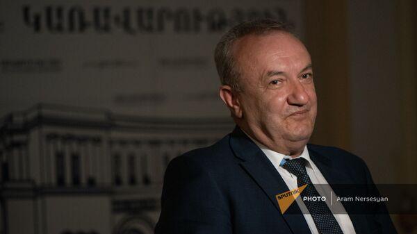 Վահրամ Դումանյան - Sputnik Արմենիա