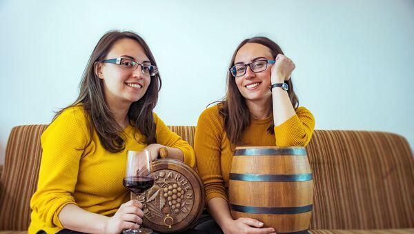 Сестры Анна и Мариам Погосяны - Sputnik Արմենիա