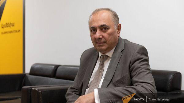 Депутат Армен Чарчян - Sputnik Армения