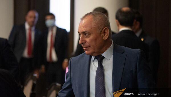 Министр по ЧС Андраник Пилоян на заседании правительства (6 августа 2021). Еревaн - Sputnik Արմենիա