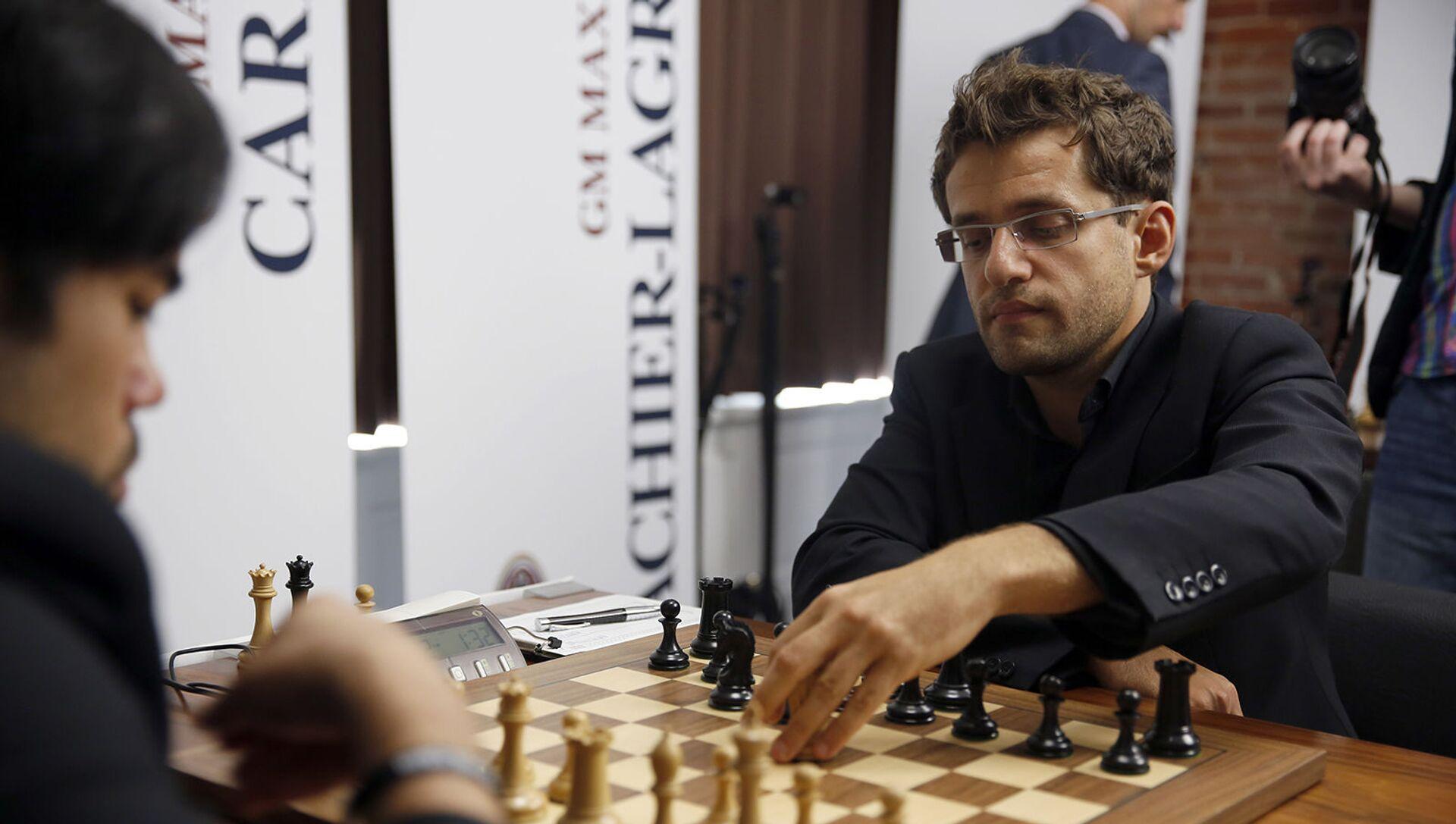 Левон Аронян во время 1-го тура 4-го турнира Большого шлема по шахматам в парке Ибирапуэра в Сан-Паулу - Sputnik Արմենիա, 1920, 30.08.2021