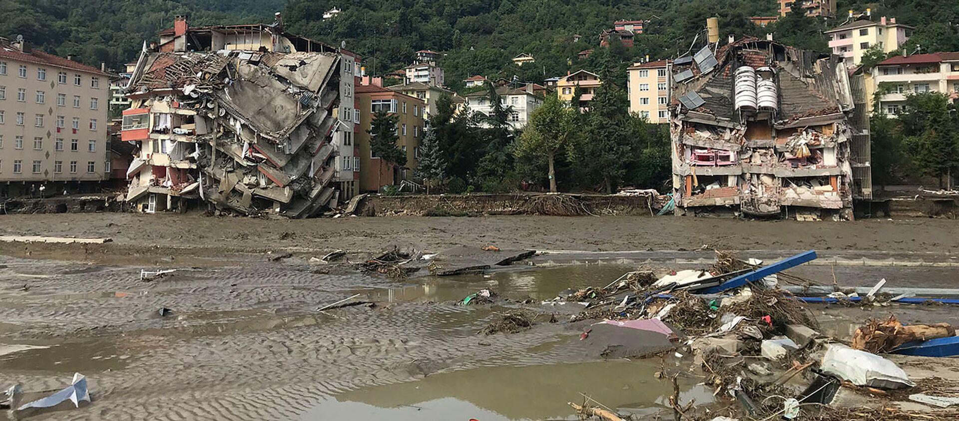 Разрушения, вызванные паводковыми водами в городе Бозкурт турецкой провинции Кастамону (12 августа 2021). Турция - Sputnik Արմենիա, 1920, 13.08.2021