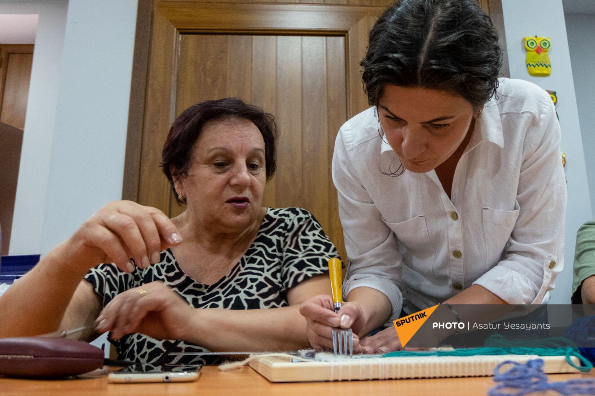 Центр обеспечения здоровья и ухода пожилых людей в Ереване - Sputnik Արմենիա, 1920, 14.09.2021