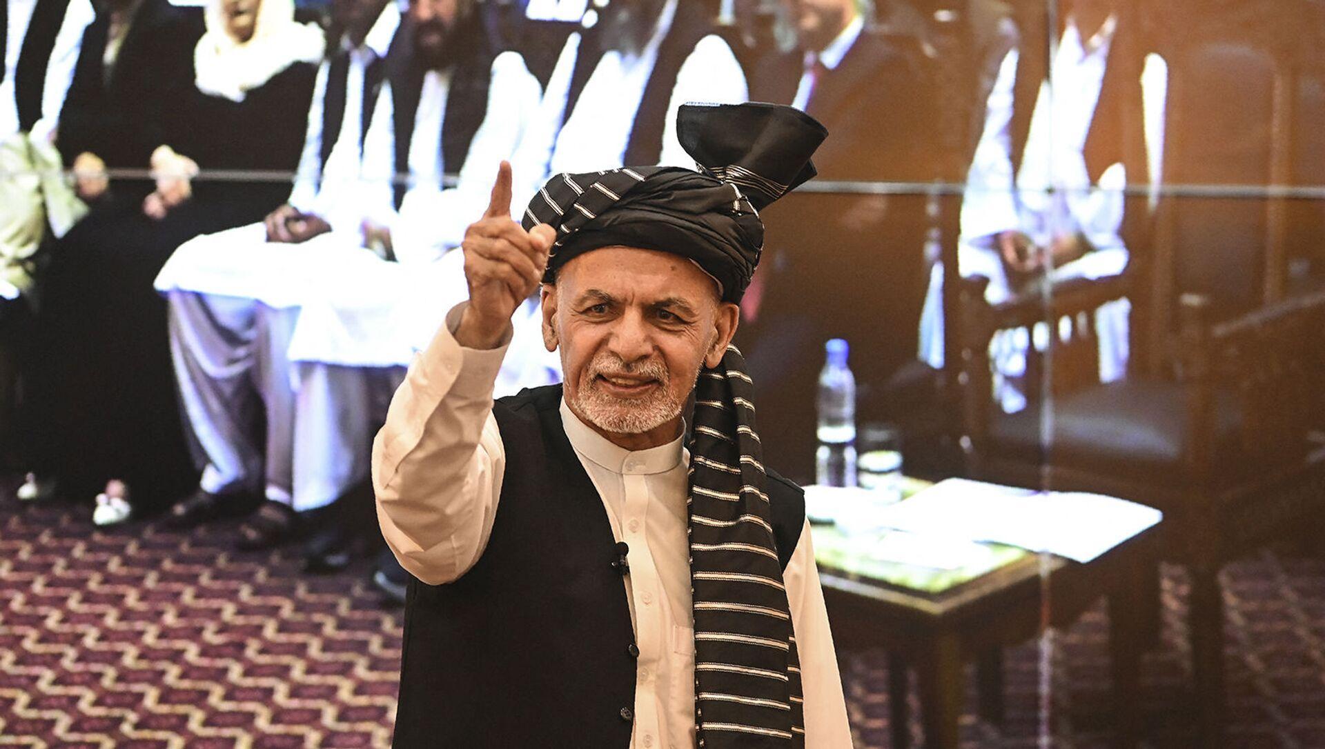 Президент Афганистана Ашраф Гани во время речи в президентском дворце (4 августа 2021). Кабул - Sputnik Արմենիա, 1920, 15.08.2021