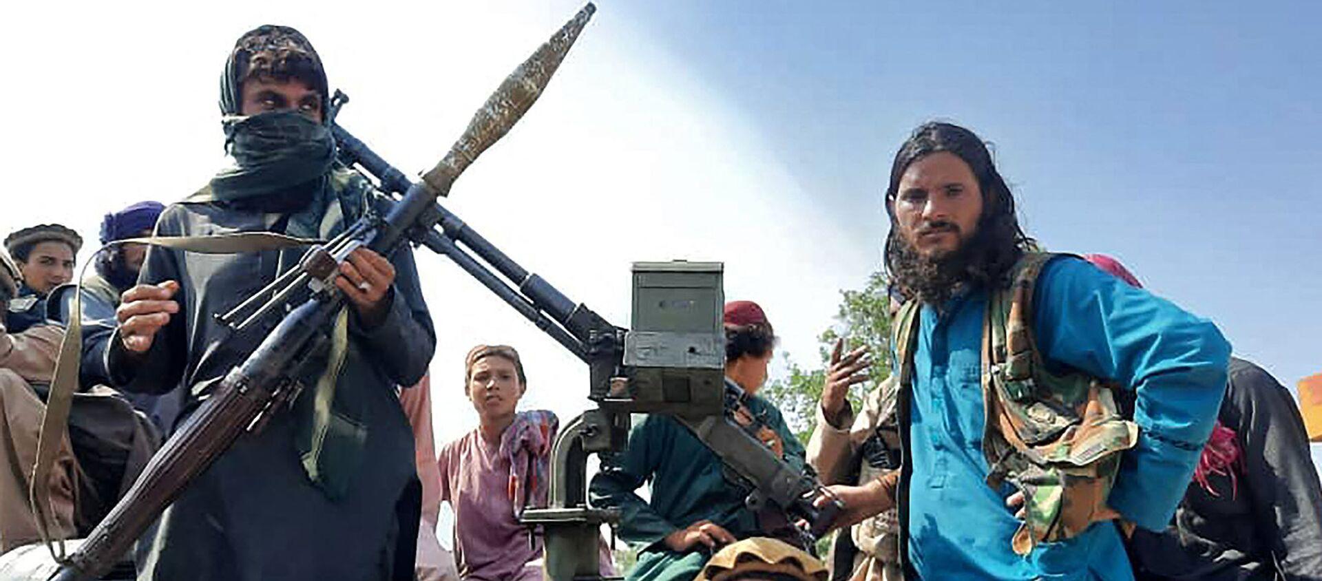 Боевики Талибана с гранатометами в провинции Лагман (15 августа 2021). Афганистан - Sputnik Армения, 1920, 15.08.2021