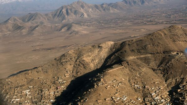 Вид на город Кабул с борта самолета. - Sputnik Армения