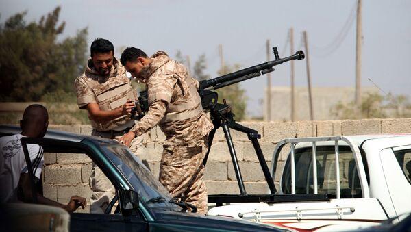 Солдаты Ливийской национальной армии готовятся к штурму. Архивная фотография - Sputnik Արմենիա