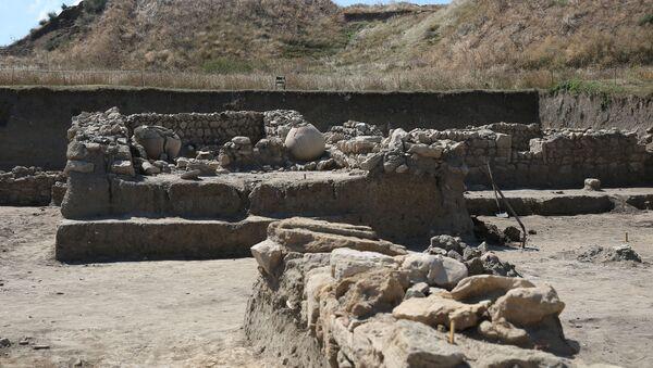 Раскопки на территории музея-заповедника Фанагория в Краснодарском крае - Sputnik Армения