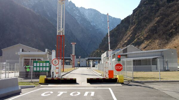 Открытие автомобильного пункта пропуска Верхний Ларс - Sputnik Армения