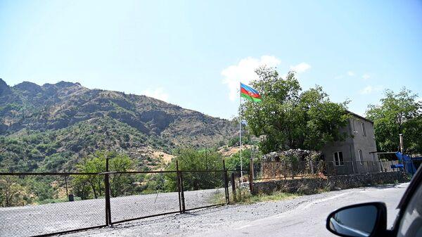 ВС Азербайджана закрыли дорогу, ведущую из Гориса в Воротан в Сюникской области РА - Sputnik Արմենիա