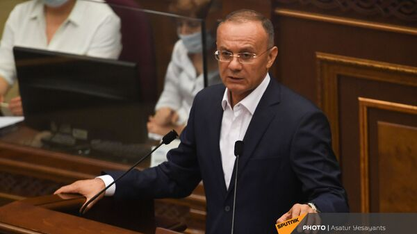 Сейран Оганян на заседании Парламента (26 августа 2021). Еревaн - Sputnik Армения