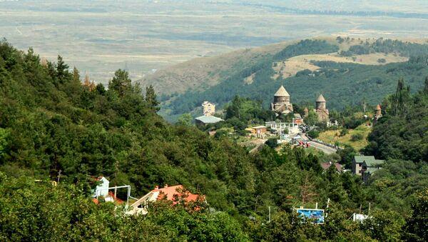Монастырский комплекс Кечарис в Цахкадзоре - Sputnik Արմենիա