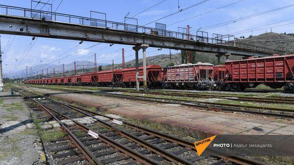 Железнодорожный состав на станции Ванадзора - Sputnik Արմենիա
