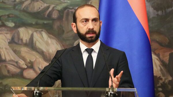 Министр иностранных дел Армении Арарат Мирзоян во время совместной с российским коллегой пресс-конференции по итогам встречи (31 августа 2021). Москвa - Sputnik Армения
