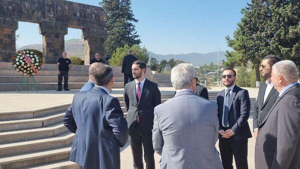 Делегация НС Армении во главе с вице-спикером Рубеном Рубиняном на мероприятиях 30-летия Карабаха - Sputnik Արմենիա