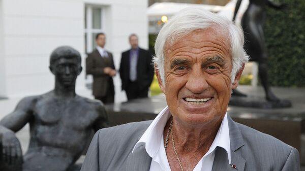 Жан-Поль Бельмондо перед открытием музея Поля Бельмондо, посвященного творчеству его отца  (14 сентября 2010). Булонь-Бийанкур - Sputnik Արմենիա