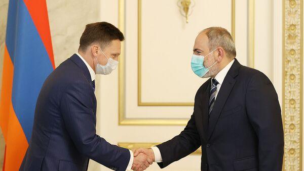 Премьер-министр Никол Пашинян принял председателя правления Евразийского банка развития (ЕАБР) Николая Подгузова и возглавляемую им делегацию (6 сентября 2021). Еревaн - Sputnik Արմենիա