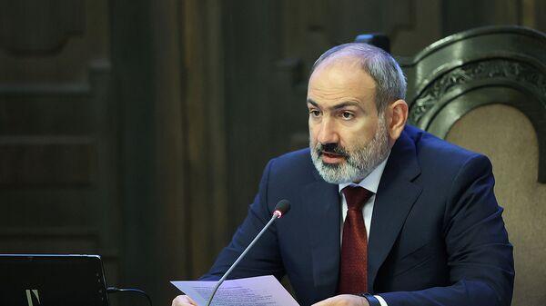 Премьер-министр Никол Пашинян на очередном заседании правительства (8 сентября 2021). Еревaн - Sputnik Армения