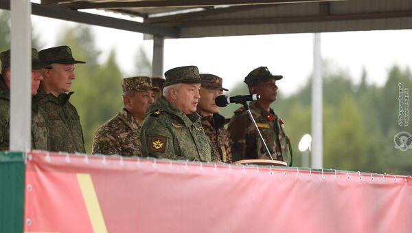 Торжественная церемония открытия стратегических учений «Запад-2021» в Мулинском военном училище (9 сентября 2021). Россия - Sputnik Армения