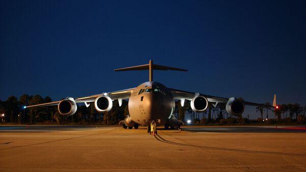 Американский военно-транспортный самолет Boeing C-17 Globemaster III - Sputnik Արմենիա