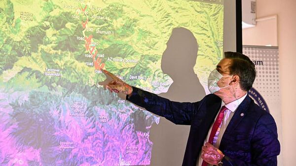 Защитник прав человека в Армении Арман Татоян принял делегацию, возглавляемую специальным представителем Евросоюза на Южном Кавказе и по вопросам кризиса в Грузии Тойво Клааром (14 сентября 2021). Еревaн - Sputnik Արմենիա
