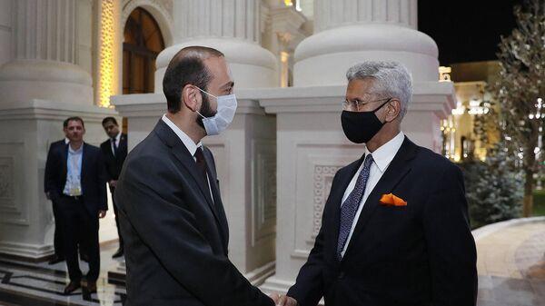 Встреча министров иностранных дел Армении и Индии Арарата Мирзояна и Субраманьяма Джайшанкара (17 сентября 2021). Еревaн - Sputnik Армения