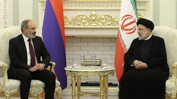 Դուշանբեում տեղի է ունեցել վարչապետ Փաշինյանի և ԻԻՀ նախագահ Էբրահիմ Ռայիսիի հանդիպումը  - Sputnik Արմենիա