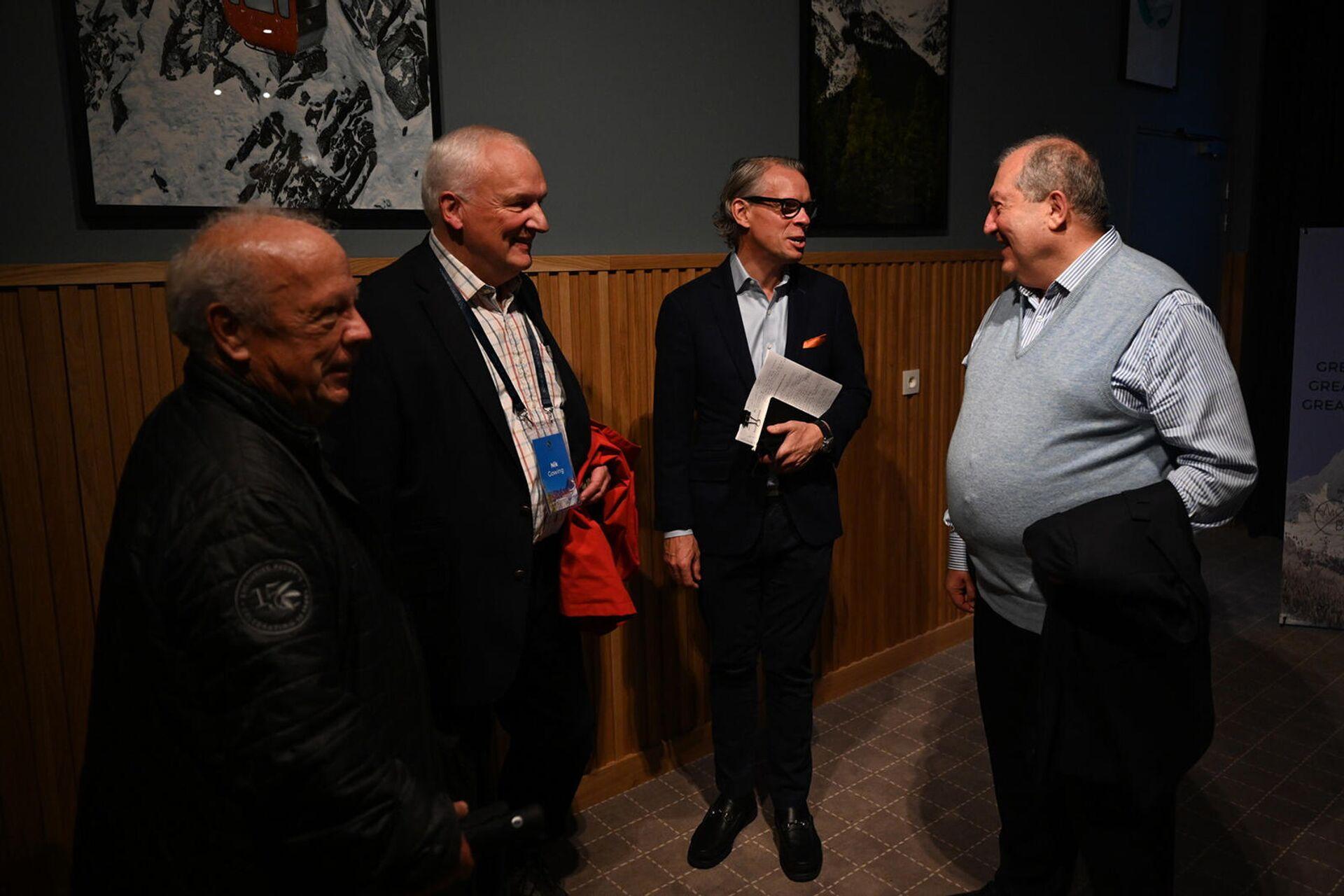Արմեն Սարգսյանը Հայաստանի տնտեսական ու ներդրումային հնարավորություններն է ներկայացրել միջազգային մի շարք հայտնի ընկերությունների ղեկավարների - Sputnik Արմենիա, 1920, 17.09.2021