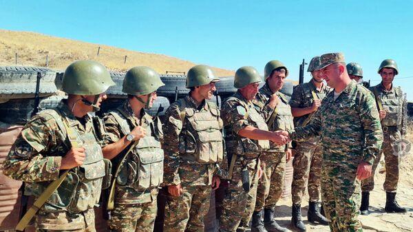Рабочая группа Службы Генштаба посетила воинские части и базы военной полиции, входящие в состав квартальных сборов резервистов  - Sputnik Արմենիա