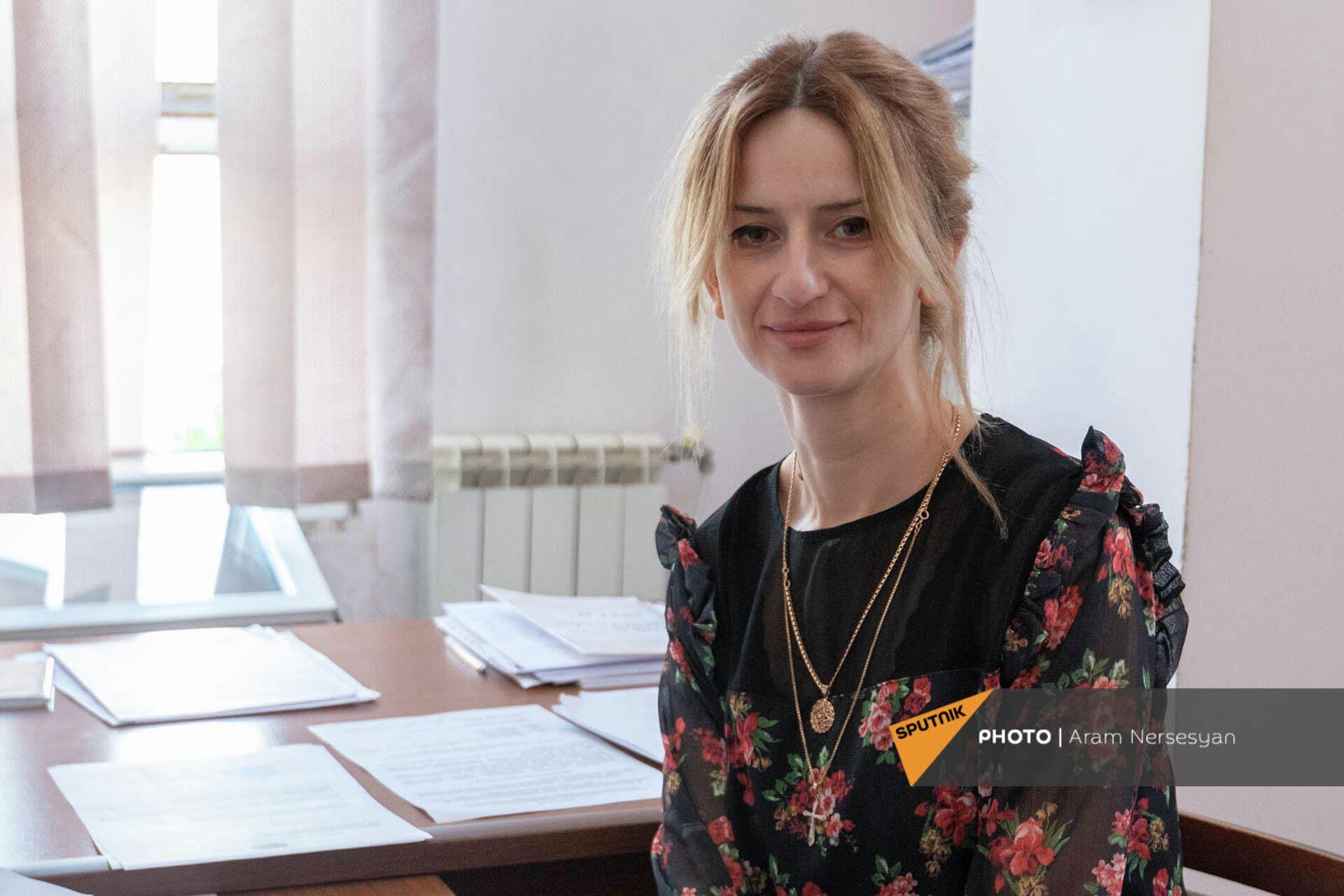 Секретарь аппарата мэрии Мецамора Нина Тадевосян - Sputnik Армения, 1920, 26.09.2021