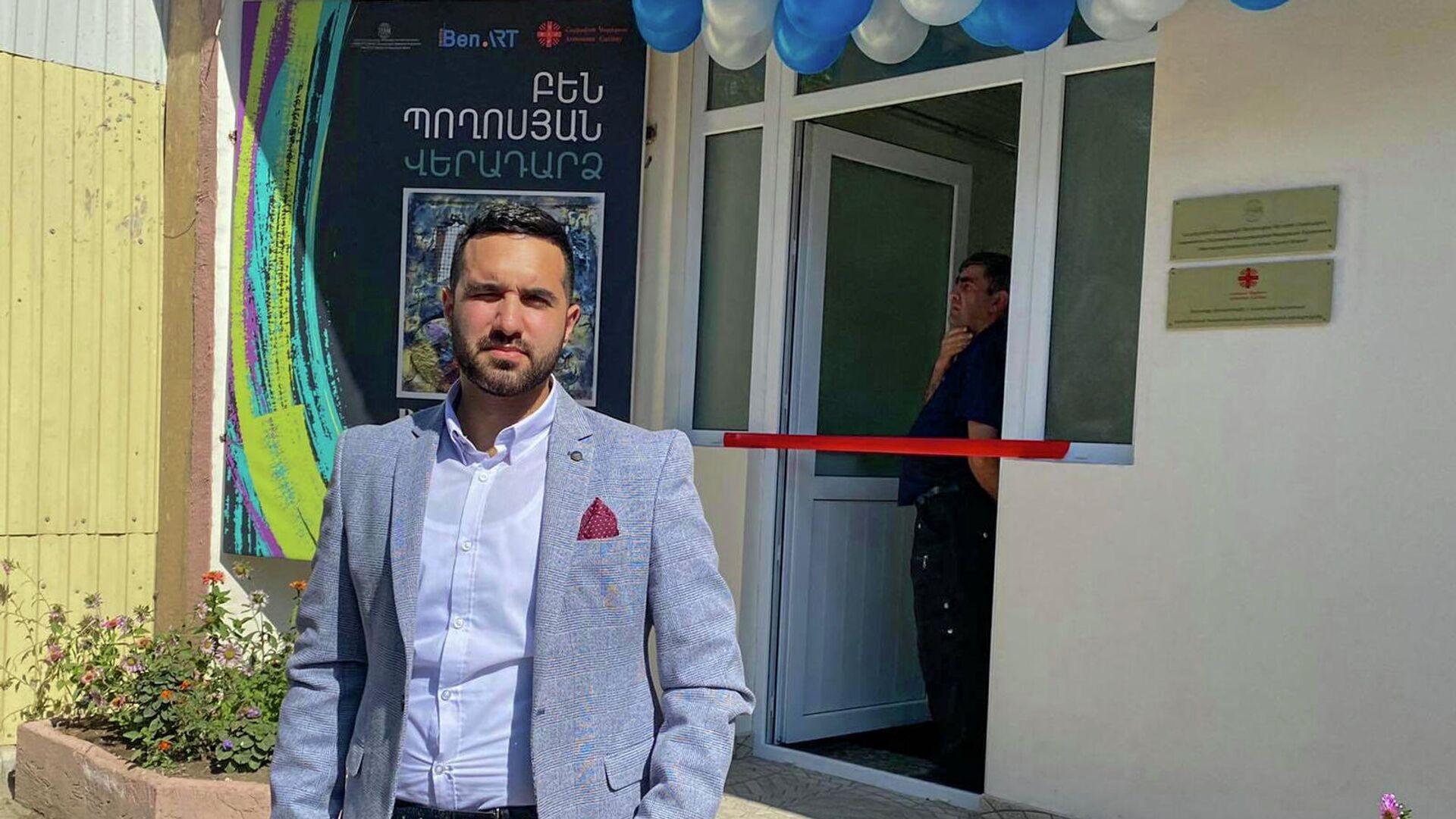 Персональная выставка Возвращение Бена Погосяна, тяжело раненного в 44-дневной войне (21 сентября 2021). Гюмри - Sputnik Армения, 1920, 28.09.2021
