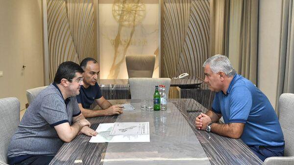 Президент Карабаха Араик Арутюнян принял Самвела Карапетяна (21 сентября 2021). Степанакерт - Sputnik Армения