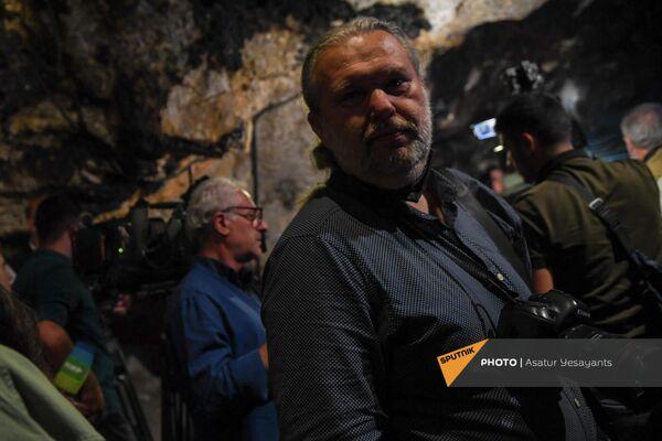 В пещере Арени-1 - Sputnik Армения