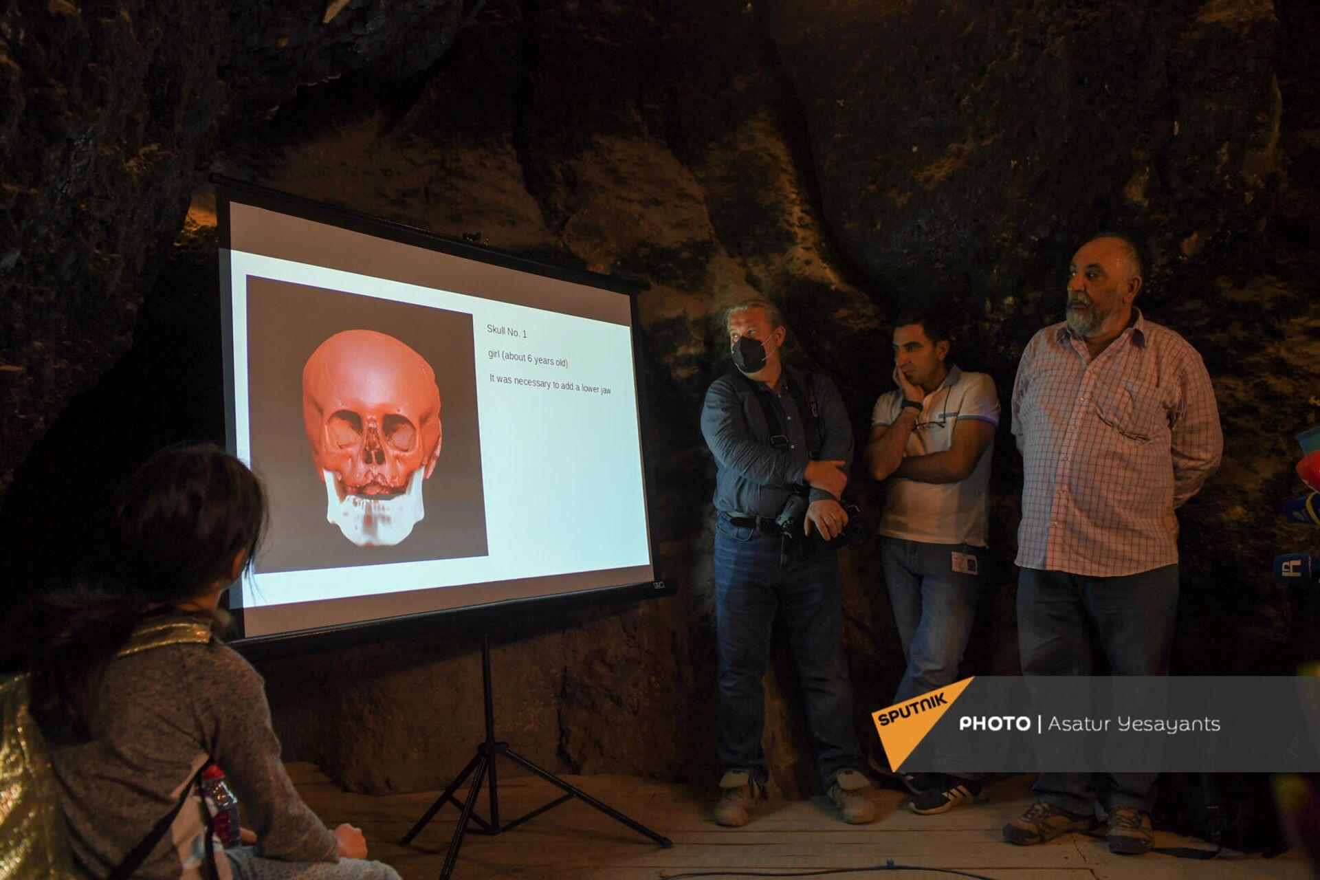 Антропологическая реконструкция по черепу, обнаруженному в пещере Арени-1 - Sputnik Армения, 1920, 23.09.2021