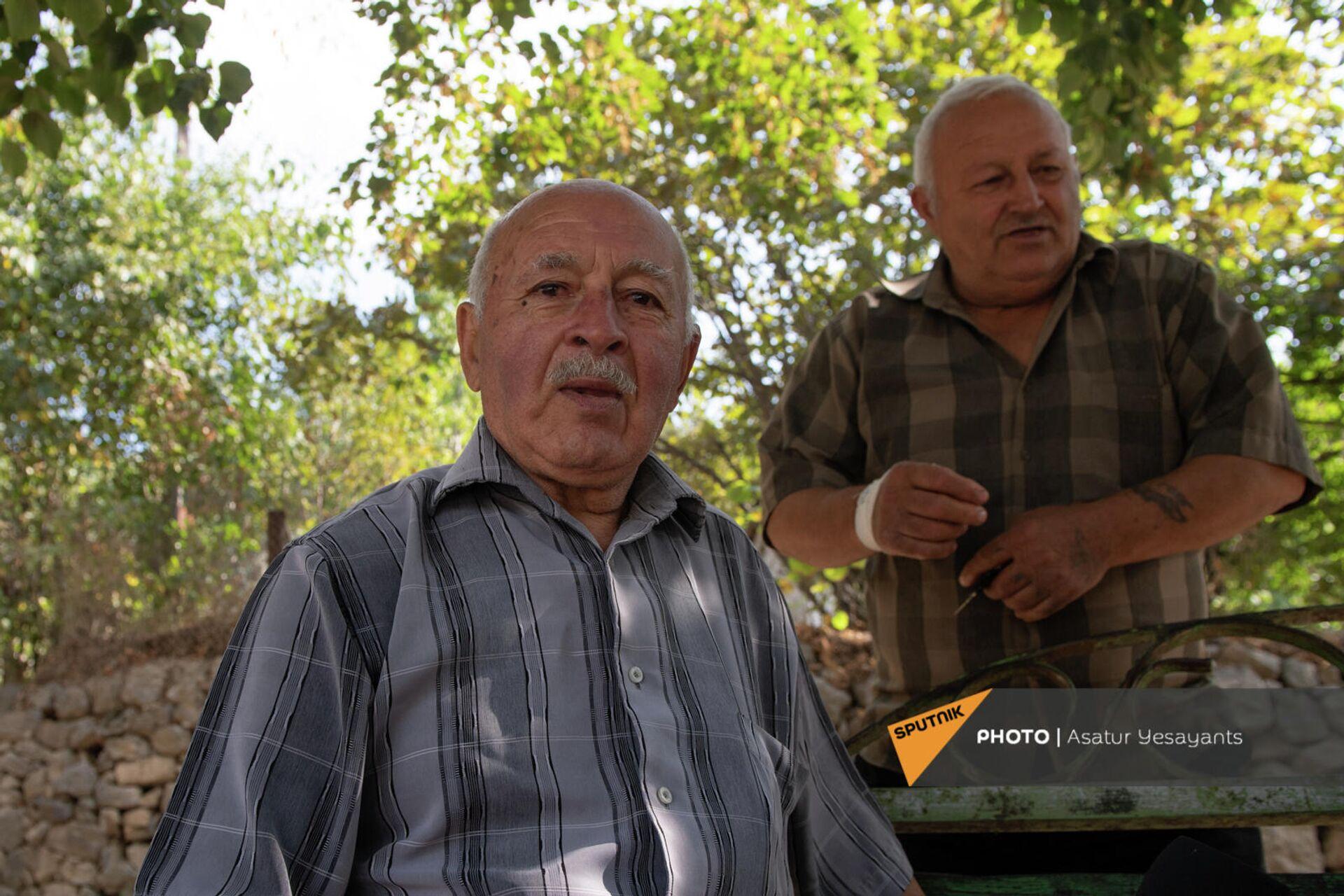 Володя старший и дед Артавазд - Sputnik Արմենիա, 1920, 24.09.2021