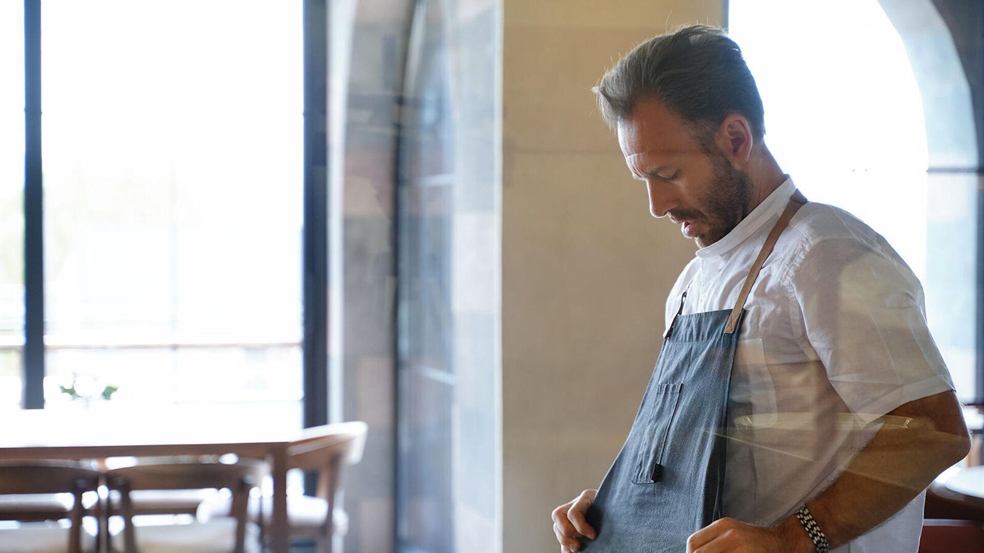 Шеф Мэдс Рефслунд на кухне ресторана Tsaghkunk Restaurant&Glkhatun - Sputnik Արմենիա, 1920, 25.09.2021