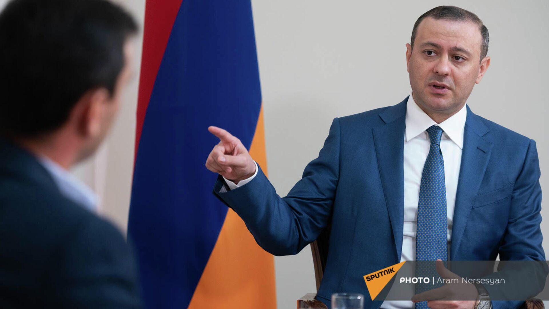 Секретарь Совета безопасности Армении Армен Григорян во время интервью агентству Sputnik Армения - Sputnik Армения, 1920, 25.09.2021