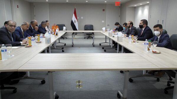 Mинистр иностранных дел Армении Арарат Мирзоян встретился с eгипетским коллегой Самехом Шукри в рамках 76-й сессии Генассамблеи ООН (25 сентября 2021). Нью-Йорк - Sputnik Արմենիա