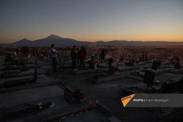 Ераблур на фоне Арарата - Sputnik Армения