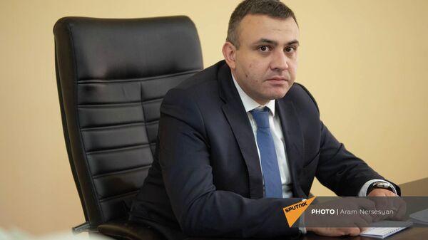 Վարոս Սիմոնյան - Sputnik Արմենիա