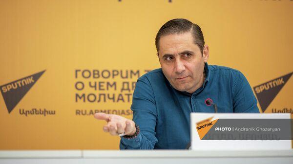 Արման Աբովյան - Sputnik Արմենիա