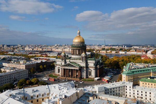 Вид с воздуха на Исаакиевский собор в Санкт-Петербурге. - Sputnik Армения